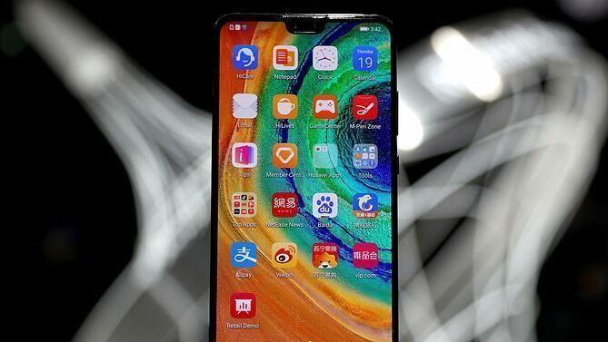 Điện thoại Huawei chỉ dùng 1% linh kiện từ Mỹ
