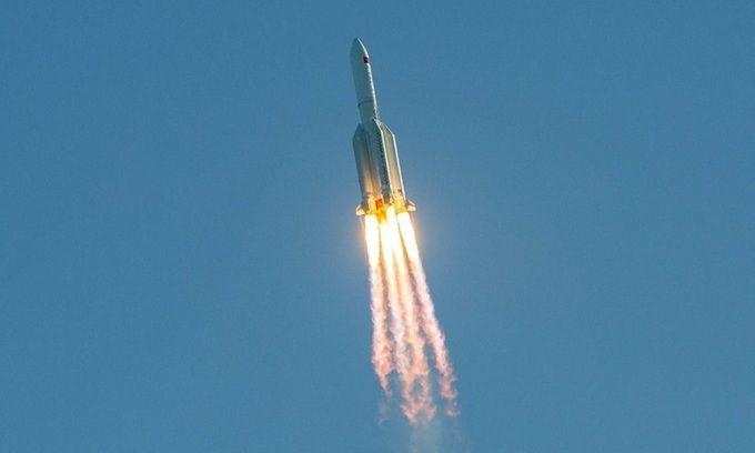 Tên lửa 17,8 tấn của Trung Quốc rơi mất kiểm soát