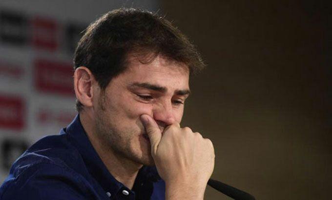 Casillas hối hận về cách rời Real